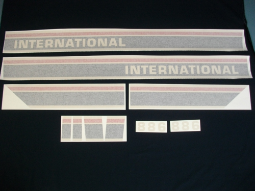 International 886 Black Stripe