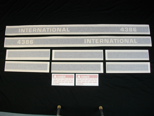 International 4386 Black Stripe