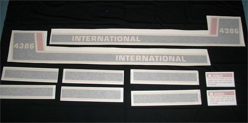 International 4386 Tri-Stripe
