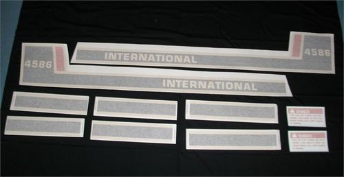 International 4586 Tri-Stripe